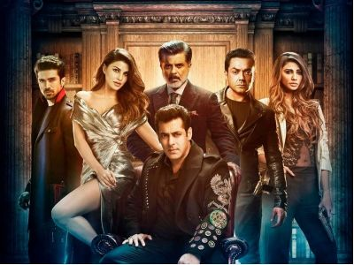 'Tiger' Salman Khan to shoot  'Race 3' in Jammu and Kashmir