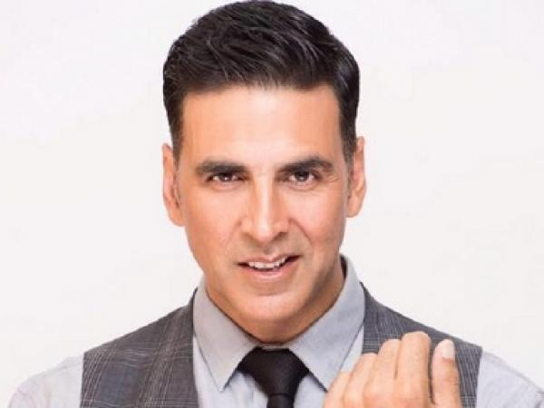 Is Akshay Kumar is contesting elections? Here is what actor clarifies