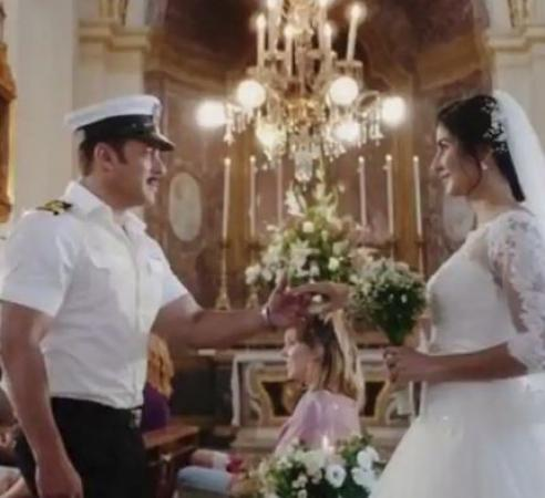Fans want Salman Khan and Katrina Kaif to get married soon after watching Bharat trailer