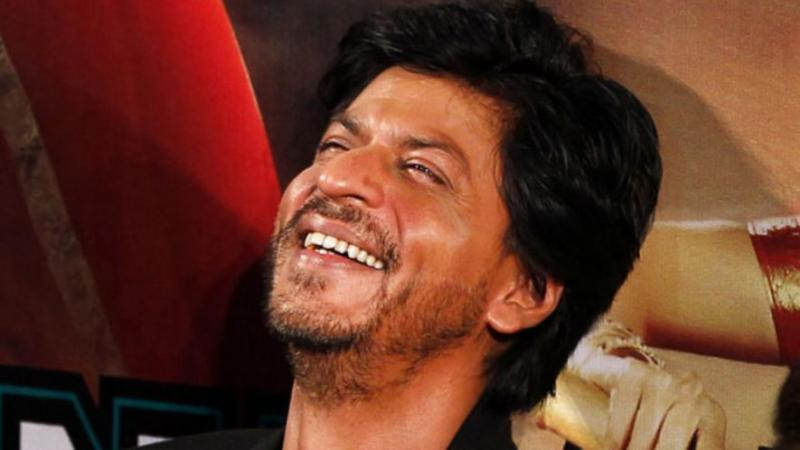 Shah Rukh Khan takes on film critics will tickle your funny bones, watch here