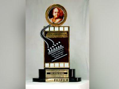 """Best Actor"" Dada Saheb Phalke Awards 2018 goes to Akshay Kumar, Bhumi Pednekar"