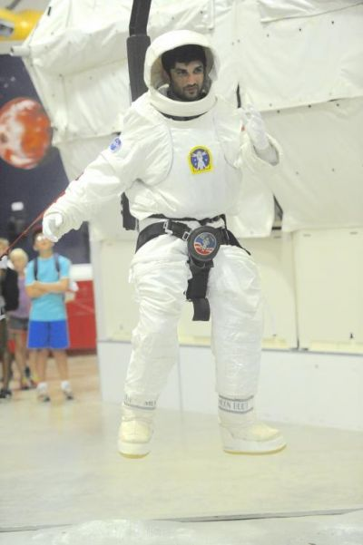 Sushant Singh Rajput wears a spacesuit for Chanda Mama Door Ke