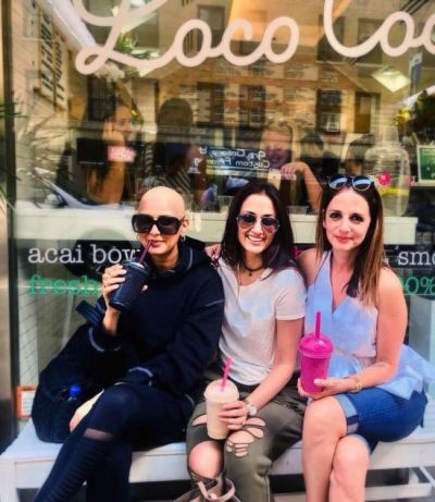 Sonali Bendre goes all bald in the latest picture