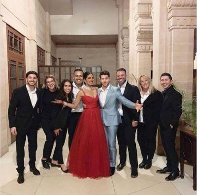 New pic of Newlyweds Priyanka Chopra and Nick Jonas : A perfect couple  plans their  honeymoon