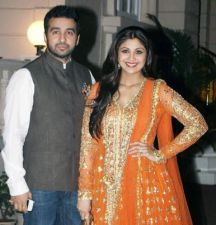 Shilpa Shetty pens down a romantic post for hubby Raj Kundra to celebrate propose day