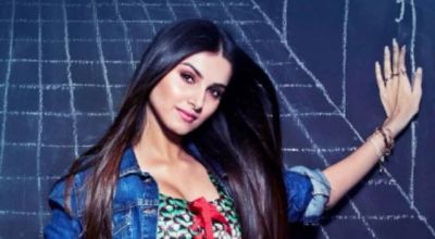 Student of the Year 2  star Tara Sutaria admit she has crush on ex-student, guess who?