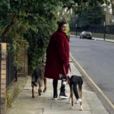 Priyanka Chopra enjoys the cool London breeze as she heads out for stroll with her pets
