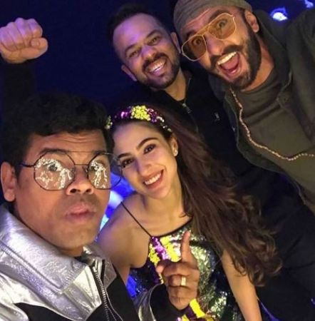 Simmba's success bash, Ranveer Singh steals the show Watch video here