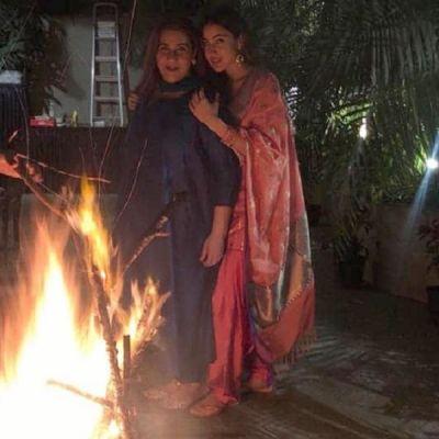 Sara Ali Khan celebrates Lohri with Mom Amrita Singh, photos will give you  mother-daughter goals