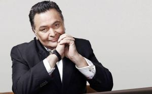 Rishi Kapoor's life will turn into a stage drama
