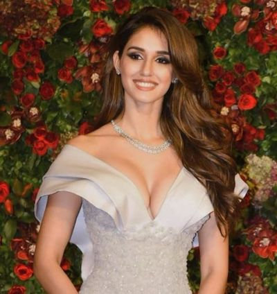 Have you noticed?  Disha Patani is obsessed with this thing on Instagram, check it out here