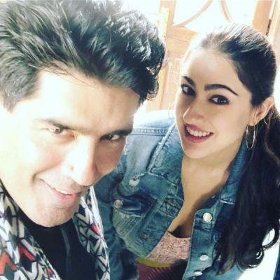 Sara Ali Khan poses with Manish Malhotra: Simbaa