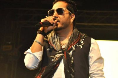 Mika Singh to produce a movie starring Bipasha Basu and Karan Singh Grover