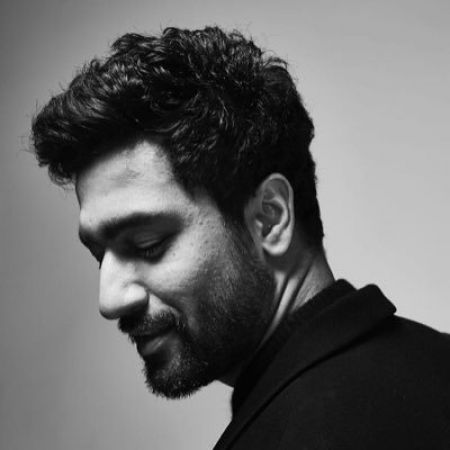 This is what Vicky Kaushal said on replacing Shah Rukh in Rakesh Sharma biopic