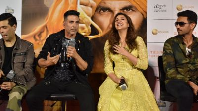 Photo Gallary: Akshay Kumar starrer Keshri new song release…pics in the slider