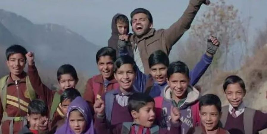 Notebook song Safar out, Mohit Chauhan's soulful voice will make you play it on loop