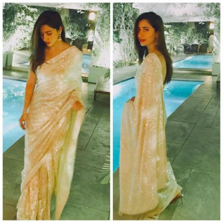 Mahira Khan is looking damn beautiful in her off-white sari