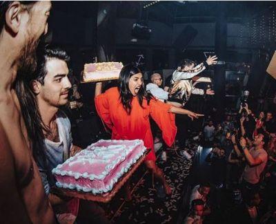 Priyanka Chopra, Nick Jonas threw cakes at the crowd