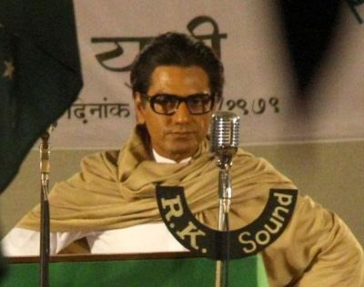 Pictures! Nawazuddin Siddiqui decked up in Bal Thackeray's avatar