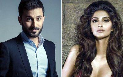 Sonam Kapoor's husband-to-be gets romantic in Mehandi Ceremony