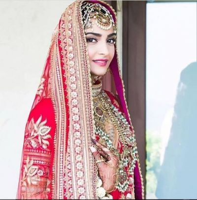 Watch candid wedding look! Sonam Kapoor looks traditional bride