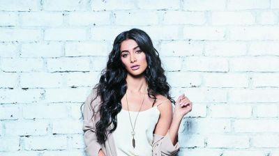 Pooja Hegde might be seen in Student Of The Year 2