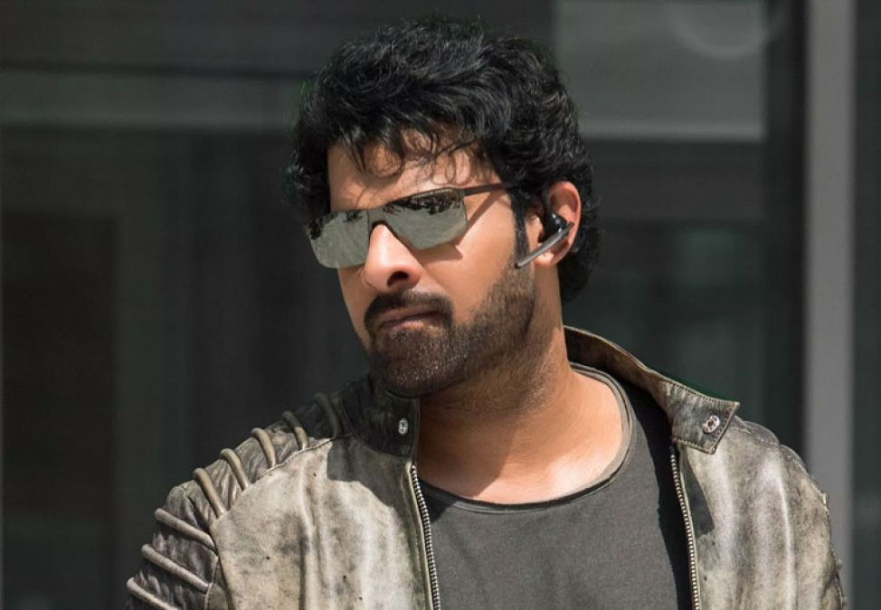Good news for Hindi fans, Prabhas to dub the Hindi version of Saaho