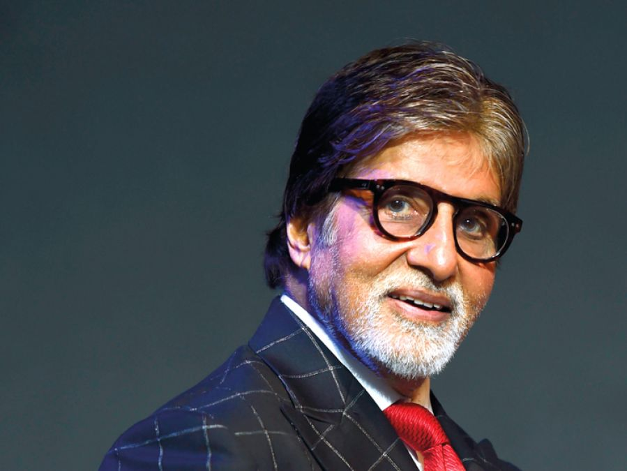 Big B shares a cute childhood pic of this diva