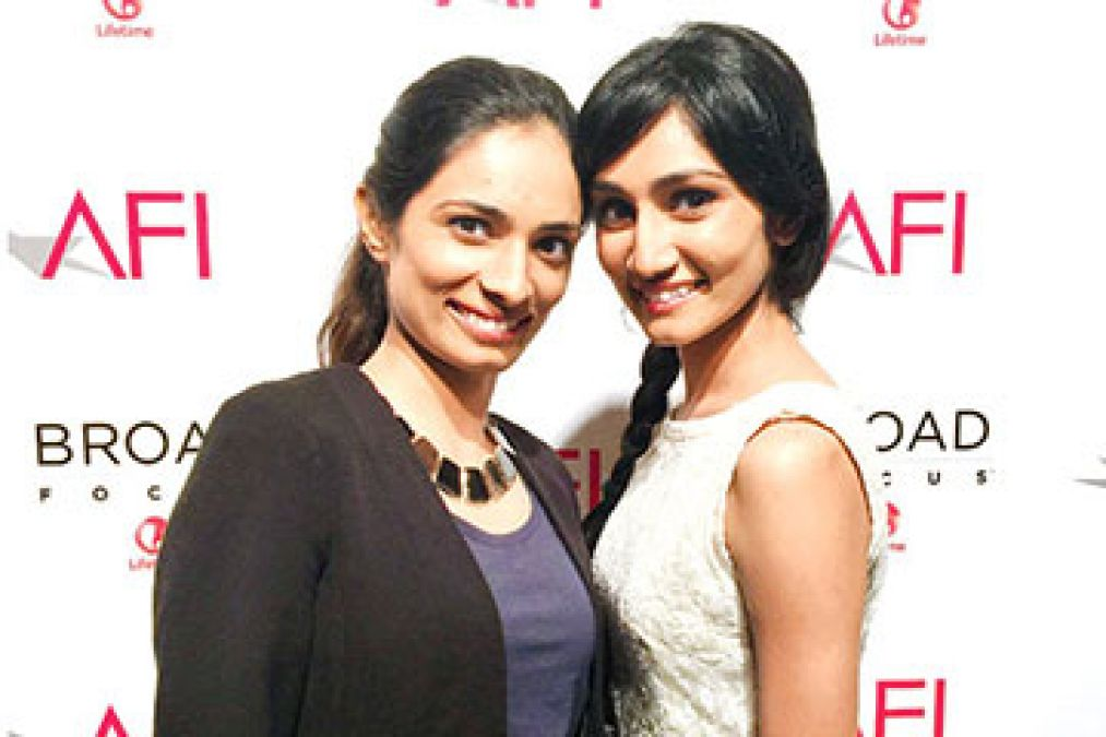 Sholay fame Mac Mohan's daughters' to debut in Bollywood