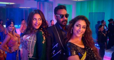 Fans give a positive reaction to Ajay Devgn's De De Pyaar De
