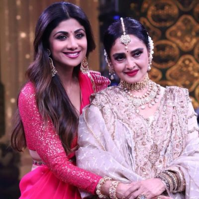 Shilpa Shetty Kundra & Rekha look stunning at Super Dancer 3