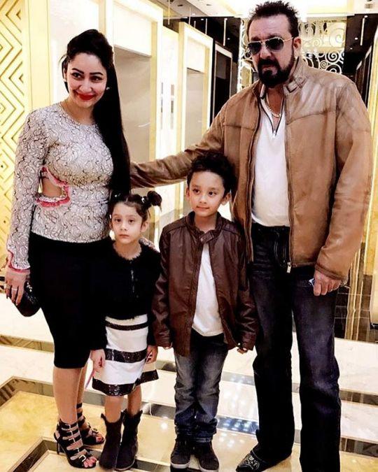 Sanjay Dutt goes on Fam Vacay amidst Sadak2