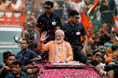 The Bollywood applauds PM Modi on the biggest win