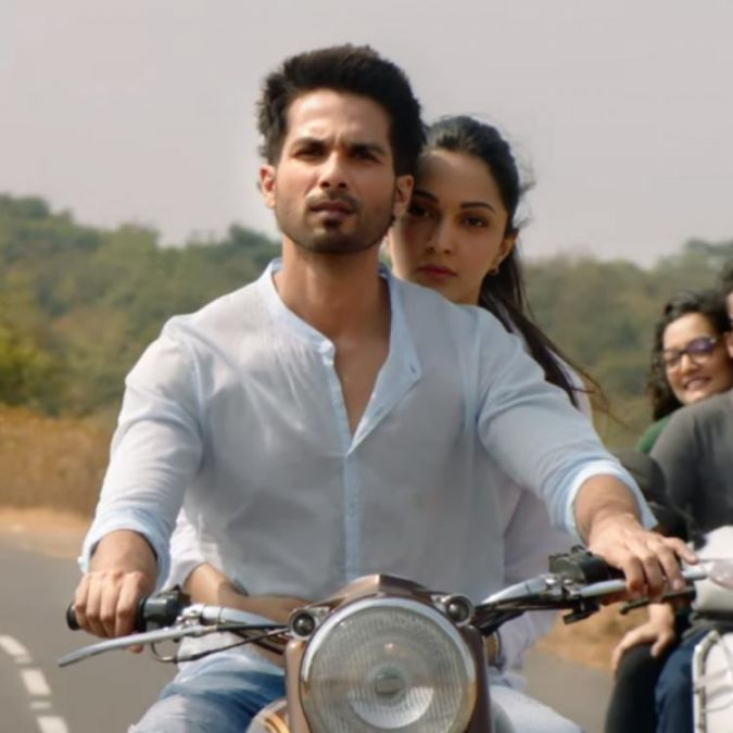 Kabir Singh Song Bekhayali out, check out the heartbreaking song here