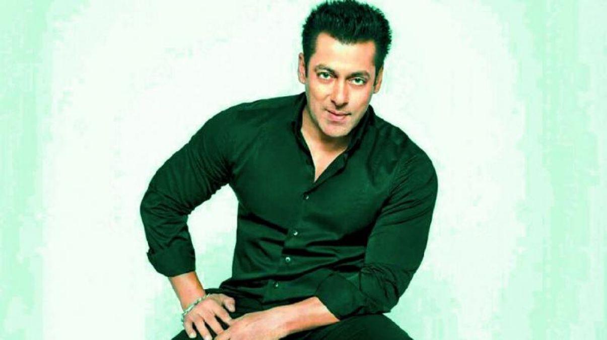 Salman Khan goes Shirtless at social media, here's why