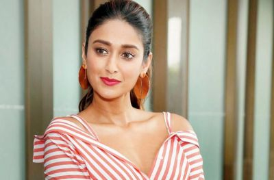 Ileana D'cruz becomes emotional at Airport