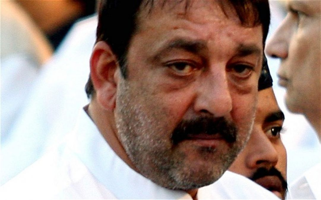 Here's how Sanjay Dutt pays tribute to Late Sunil Dutt