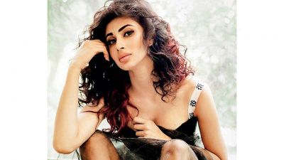 I might take up films down South later: Mouni Roy