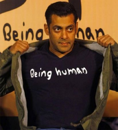 Watch video :Salman Khan fulfils the dream of a little boy suffering from cancer