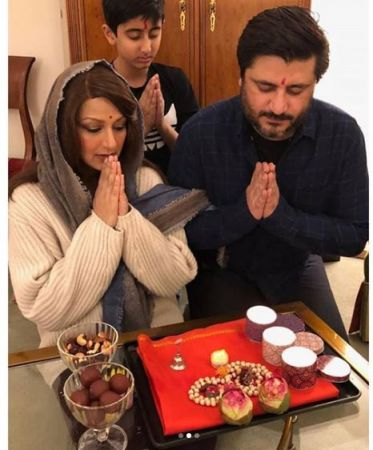 Cancer diagnosed Sonali Bendre celebrates Diwali in an 'unconventional' way - see photos