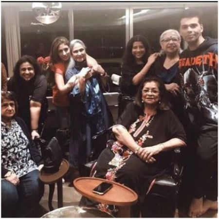Karan Johar with Mom host dinner, Shweta Bachchan and Gauri Khan  enjoyed