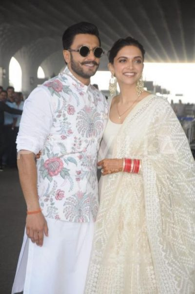 Pics: Deepika Padukone and Ranveer Singh jet off to Bengaluru for their reception