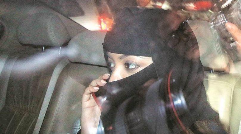 Metoo Effect :Tanushree Dutta files FIR against Nana Patekar including three others in Mumbai
