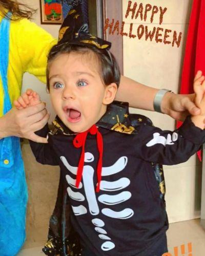Happy Halloween: Inaaya Naumi Kemmu getting shocked in Skelton-based jacket