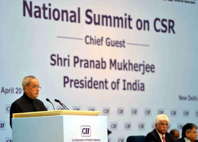 विज्ञान भवन में राष्ट्रपति प्रणब मुखर्जी ने दिया राष्ट्रीय फिल्म पुरस्कार