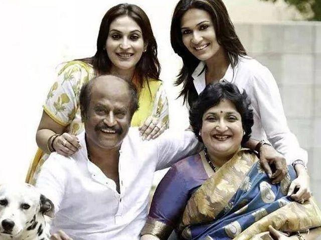 अभिनेता ने छुट्टियों के लिए परिवार संग भरी उड़ान......