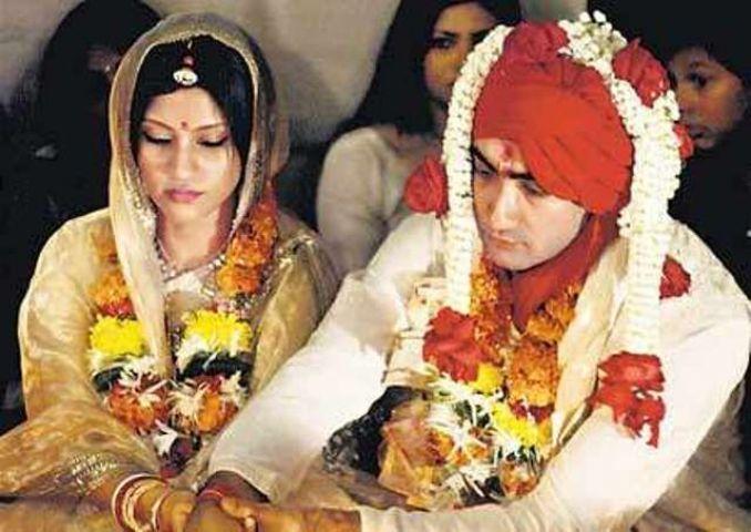 अलग हुए पति-पत्नी रणवीर और कोंकणा सेन शर्मा