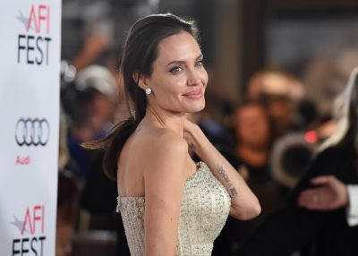 Angelina Jolie is in love again!