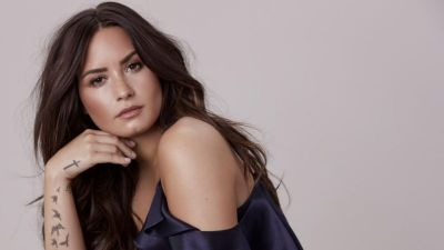 Demi Lovato writes emotional message, thanking friends and fans