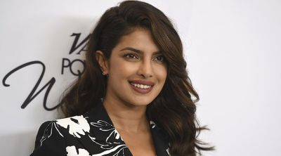The Desi Girl Priyanka wishes Happy Independence Day to America